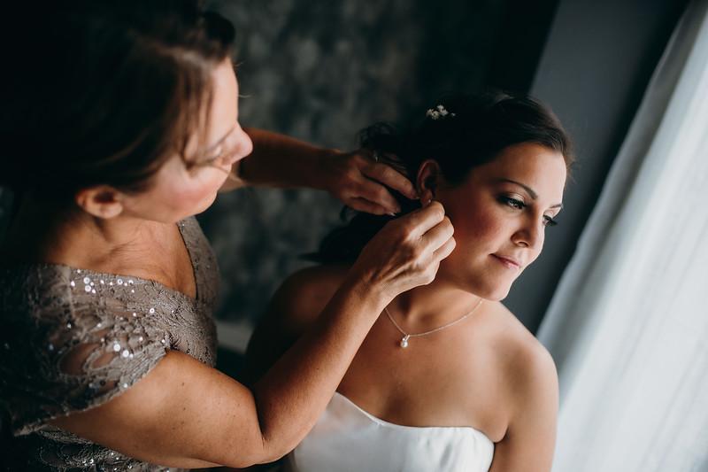 [Bridal Prep] Caitlin-Aaron-24.jpg