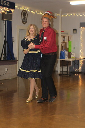 2019-12-07 Stanwood Sashayers Polar Express Dance