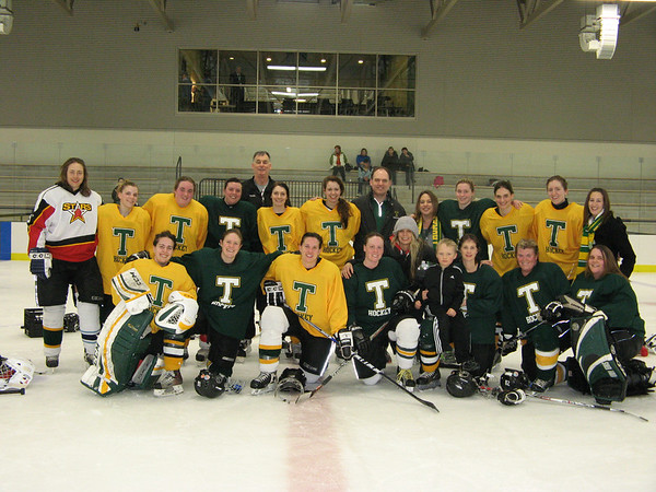 Alumni Women's Hockey Weeknd 2014