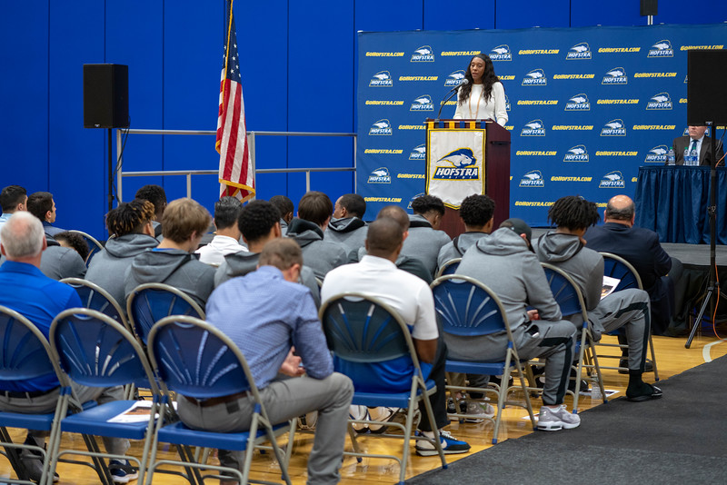 20191023_Hofstra_Basketball_Media_Day_061.jpg