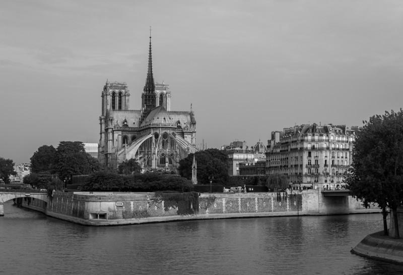 2013-07-23-Paris-B-n-W