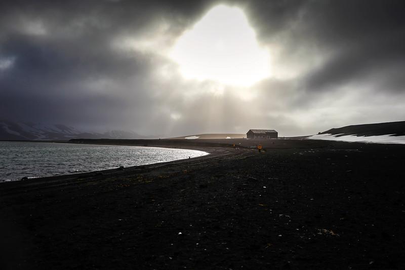 1-30-d1642305deception island.jpg