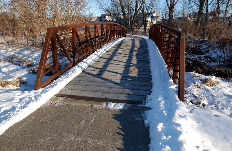 clip-015-bike_path_bridge-wdsm-11feb05-6531.jpg