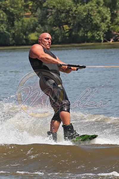 07/2-4/11 Water Skiing at Cravath Lake