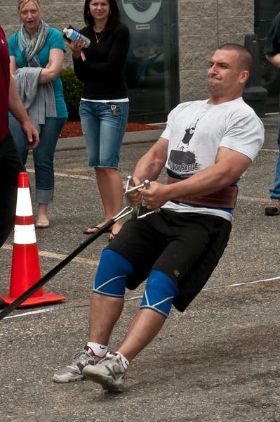 Fitness Revolution Strongman Challenge 2011_ERF4239.jpg