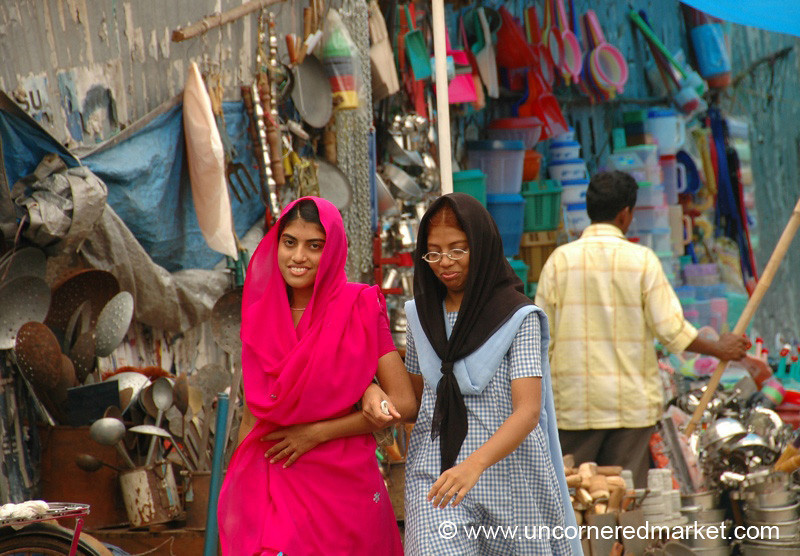 Smiles and Streetscape: Alleppey, India