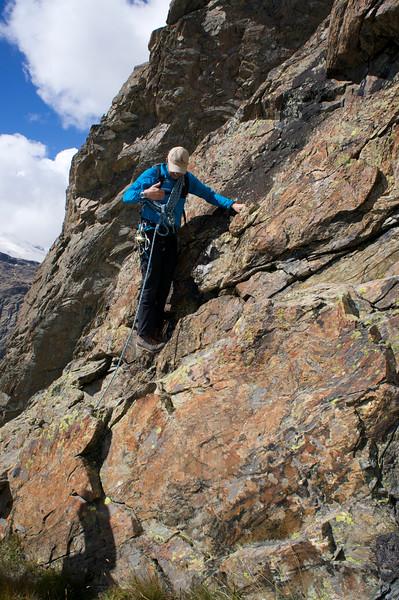 Swiss Guide Martin instructing Swiss Semester on the proper climbing technique