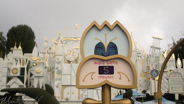Disneyland Resort, Disneyland, Fantasyland, it's a small world, Small World, Small, World, Wait, Time, Sign, Animate, Animated, Clock