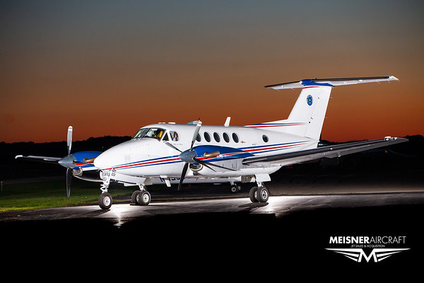 King Air B200 N173TX (High Res w/Logo)