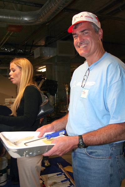 Boeing man paint tray.jpg