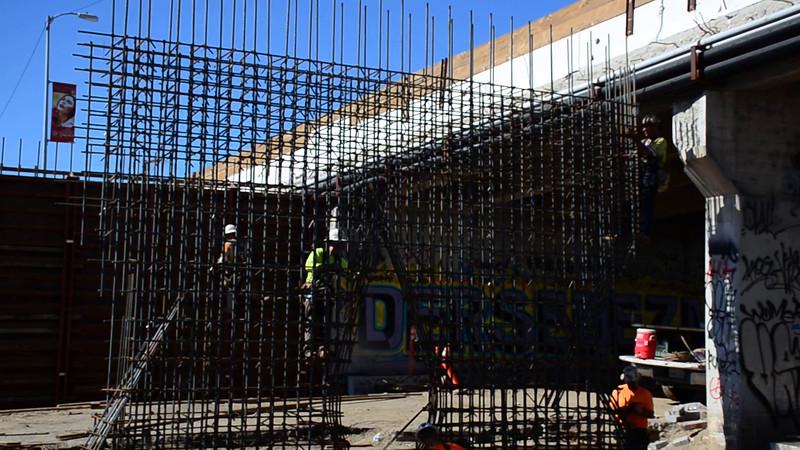 2015-02-09bridge construction 5.MOV