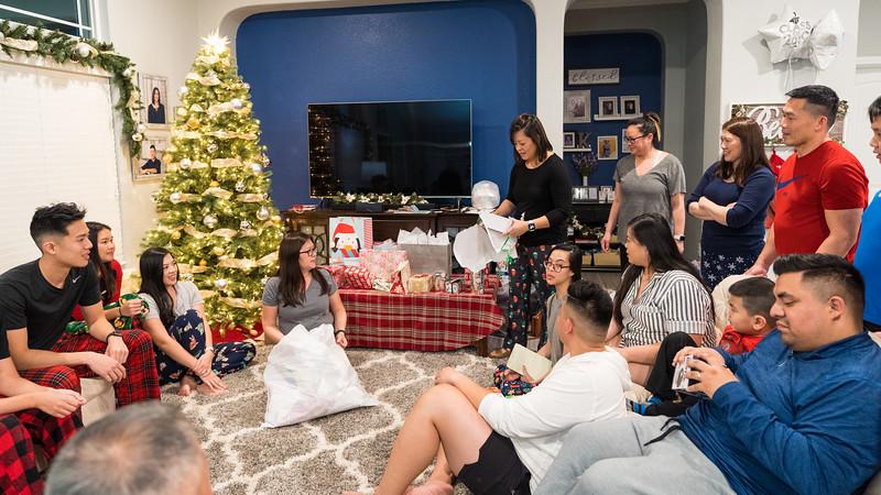 20191225_christmas-ho-family_041.jpg