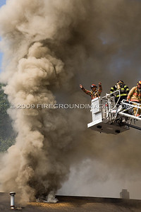 Forest Rd. 3rd Alarm (West Haven, CT) 8/16/09