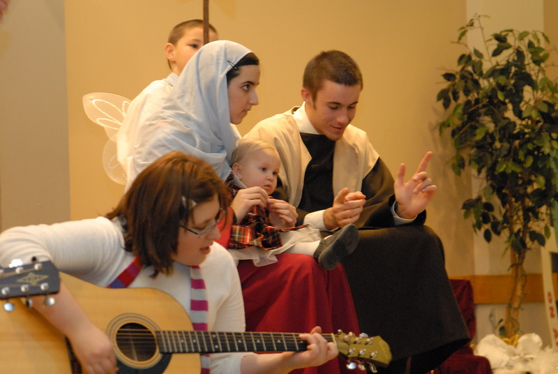 2007-12-16-HT-Christmas-Pageant_107.jpg