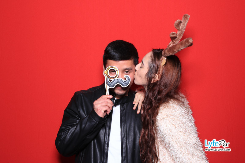 eastern-2018-holiday-party-sterling-virginia-photo-booth-1-39.jpg