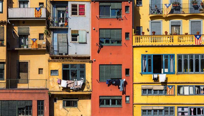 Girona Houses.jpg