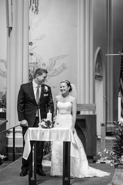 Jennie & EJ Wedding_00273-BW.jpg
