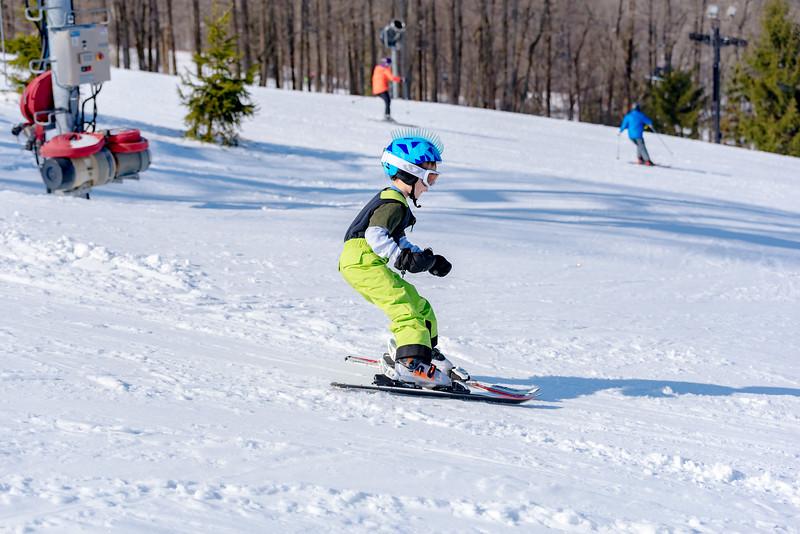 Standard-Race_2-3-18_Snow-Trails-73412.jpg