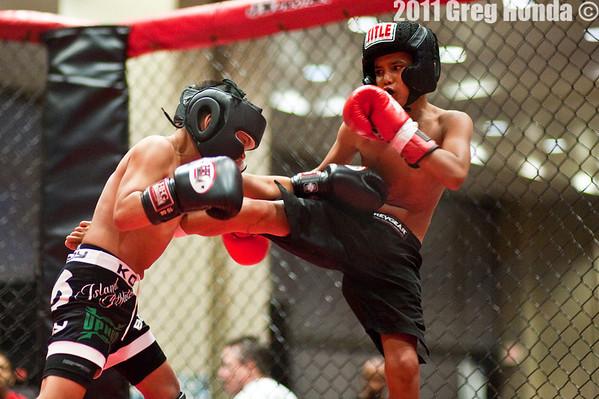 Kona-boy Raymond vs Kamakani Waialae