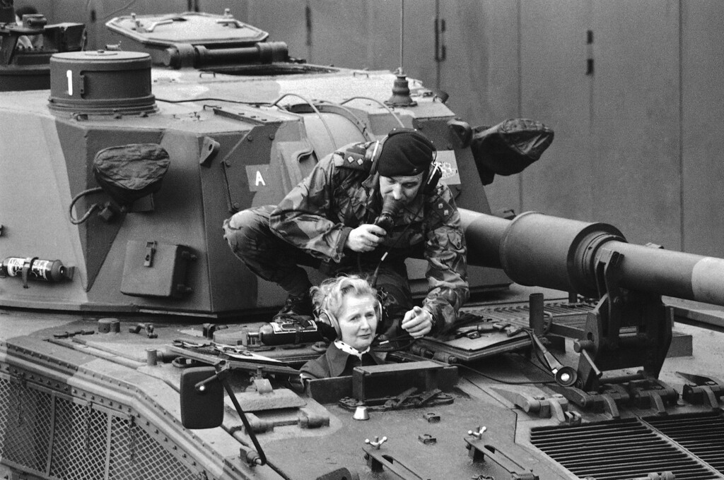 . British opposition leader Margaret Thatcher visited the British Rhine Army at Herford and Guetersloh on Jan. 23, 1976. Pictured Margaret Thatcher talking to soldiers of the 40th Field Regiment at Guetersloh. (AP Photo/Heinz Ducklau)