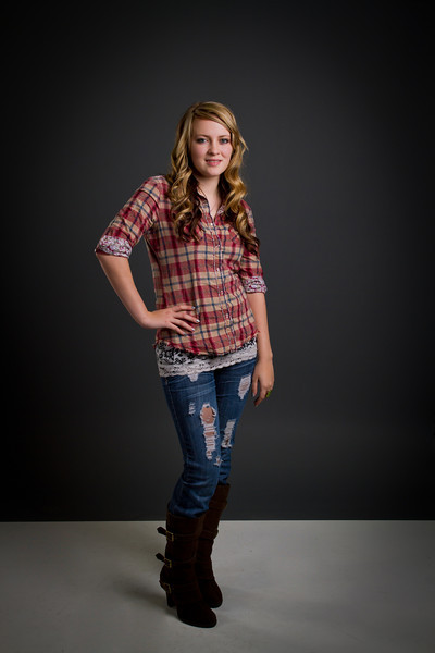 Brylee - Senior picture- ldsphotographer-21.jpg