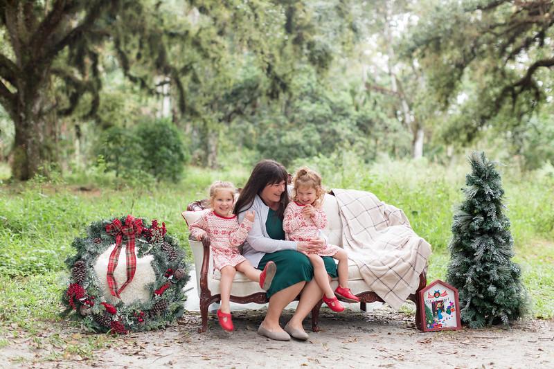 Holiday Minis- Bogie Family-27.jpg