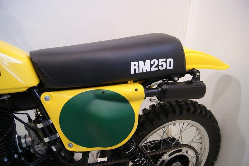 1978RM250 3-12 017.JPG