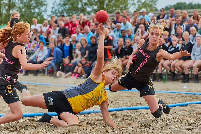 Molecaten NK Beach Handball 2017 dag 1 img 503.jpg