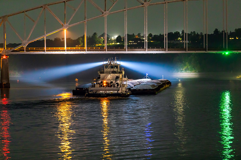 DA022,DT,Late night on the Mississippi Dubuque, Iowa .jpg