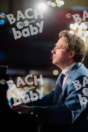 © Bach to Baby 2017_Alejandro Tamagno_Covent Garden Morning_2017-12-20 009.jpg