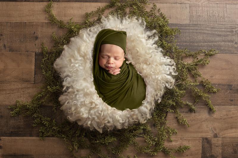 Ayan-Andrei-Newborn-Photography-Southampton00024.jpg