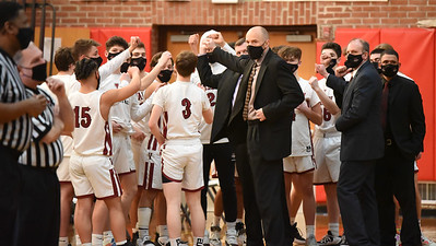 Valley Boys' Hoops Takes Overtime Loss to Old Lyme
