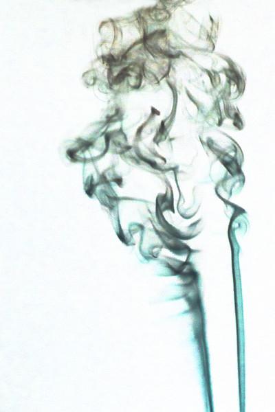 Smoke Trails 4~8586-1ni.