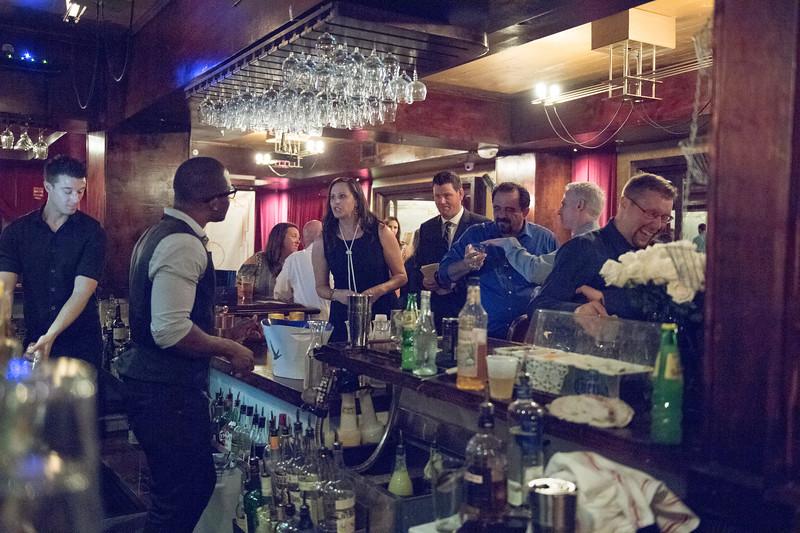 Bar_Cocktail_Hour