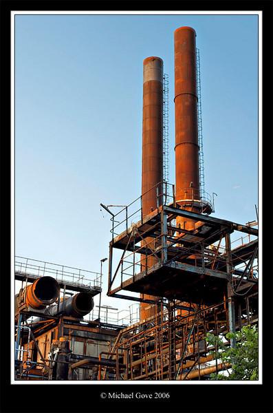 Evening Towers Avonmouth Bristol (61967056).jpg