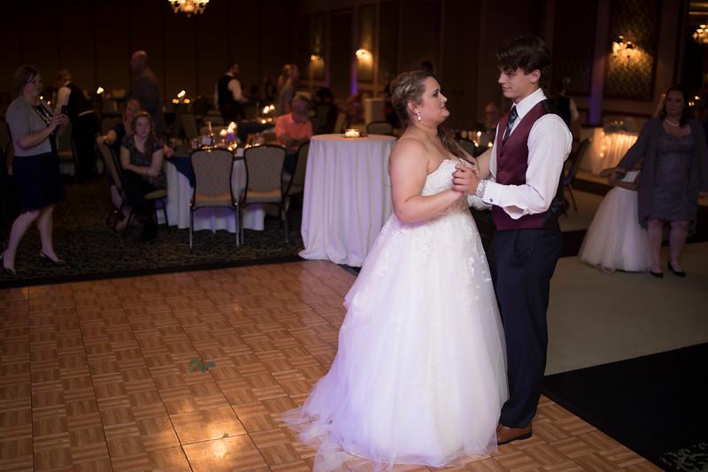 Amanda & Tyler Wedding 0893.jpg