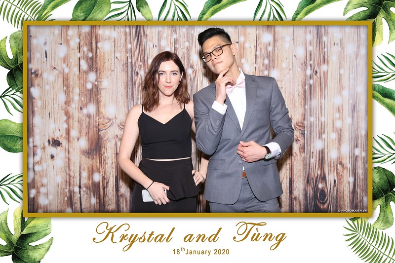 Krystal-Tung-wedding-instant-print-photo-booth-in-Ho-Chi-Minh-City-Chup-hinh-lay-lien-Tiec-cuoi-WefieBox-Photobooth-Vietnam-013.jpg