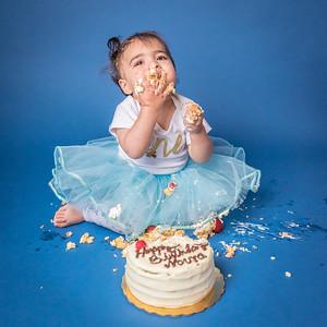 2019-04-23 Noura Smash Cake (1y)