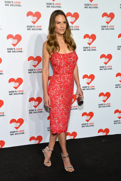 . NEW YORK, NY - OCTOBER 16:  Actress Hilary Swank attends God\'s Love We Deliver 2013 Golden Heart Awards Celebration at Spring Studios on October 16, 2013 in New York City.  (Photo by Larry Busacca/Getty Images for Michael Kors)