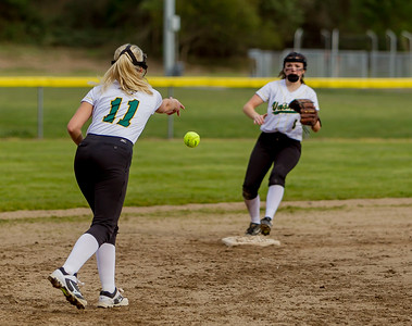 Set three: Vashon Island High School Fastpitch v Rainier Christian