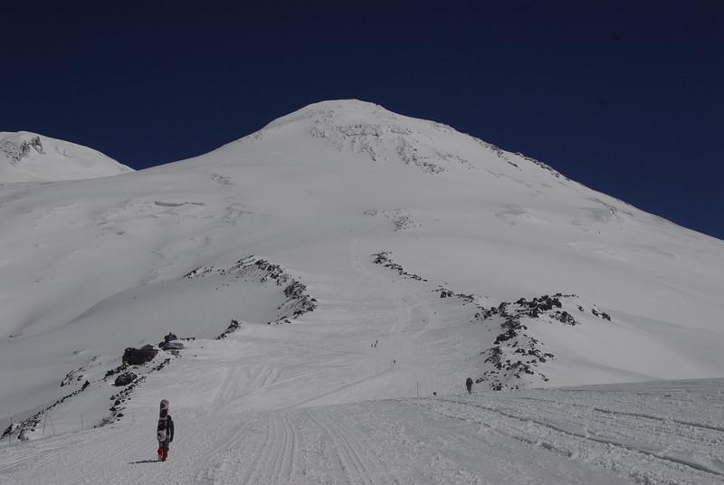 080502 2140 Russia - Mount Elbruce - Day 2 Trip to 15000 feet _E _I ~E ~L.JPG