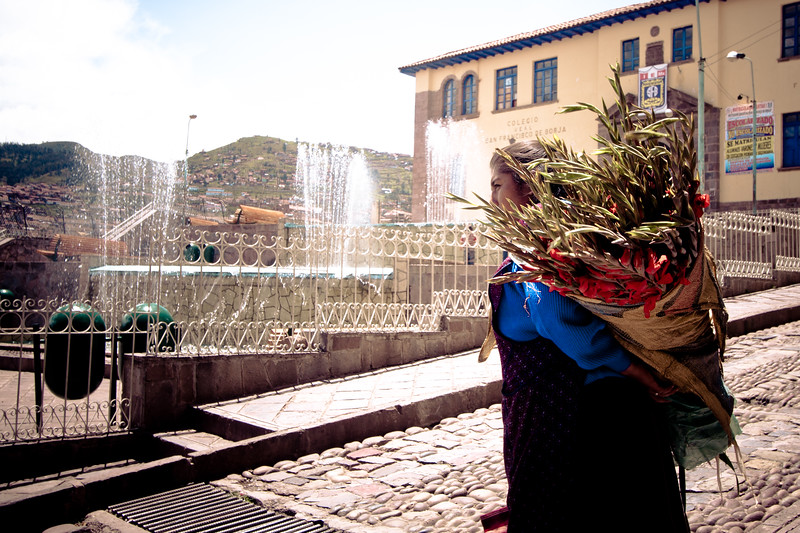 cusco-flower-lady_5600788092_o.jpg