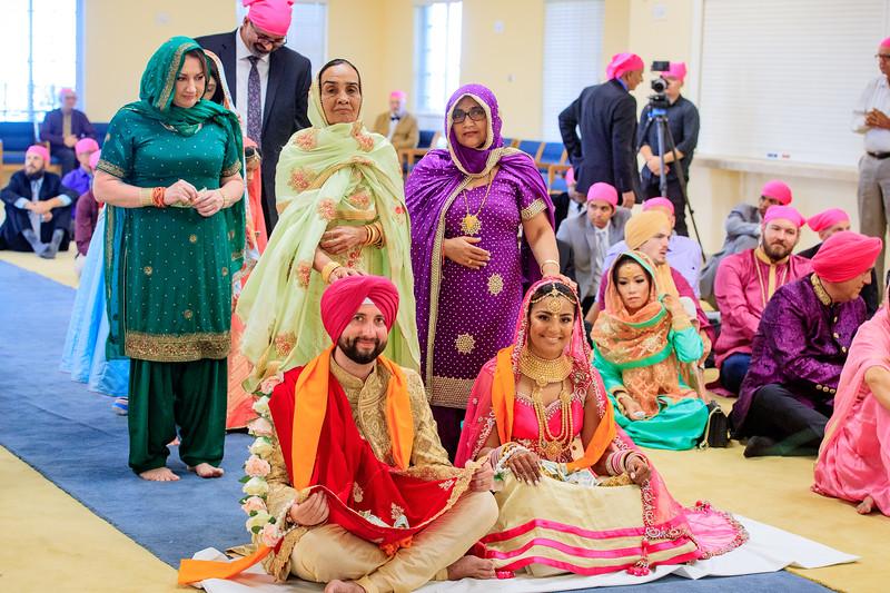 Neelam_and_Matt_Gurdwara_Wedding-1504.jpg