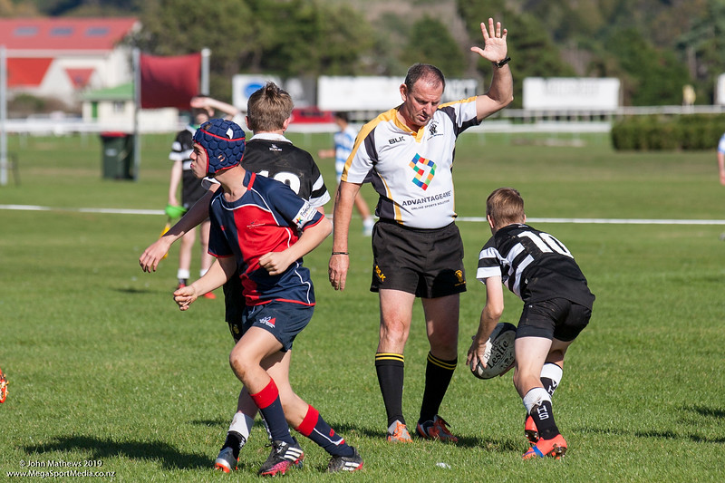 Action from the Under 55kg college Rugby match between HIBs and Hutt Valley High School played at HIBs , Upper Hutt, New Zealand on 9 May 2015. Copyright: John Mathews +64 2744 54321