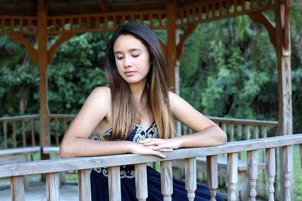 Alina's Quinces Portraits