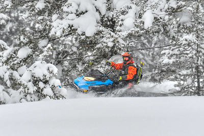 Ski-Doo Summit SP 165