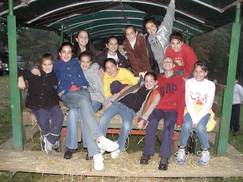 2002-10-12 HT-Youth-Family-Hayride_005.jpg