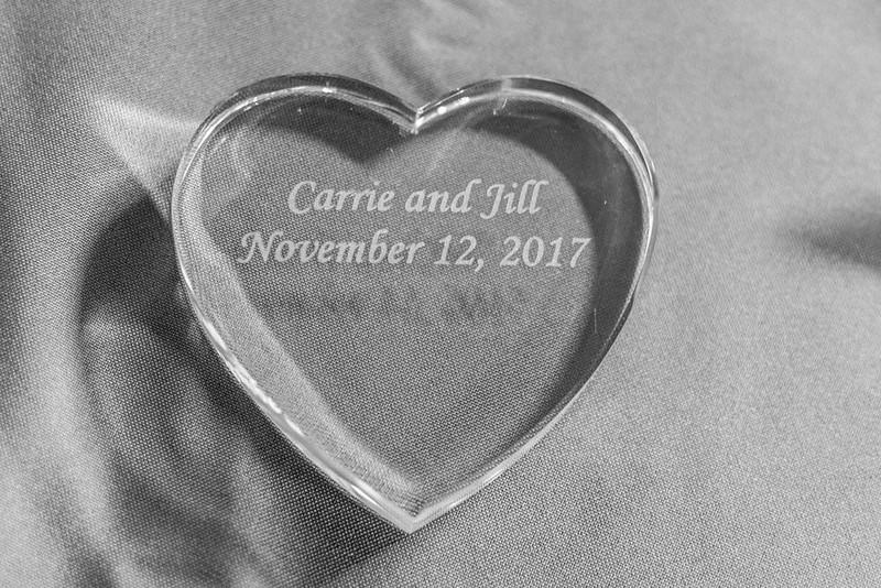 Jill&CarrieBW-147.jpg