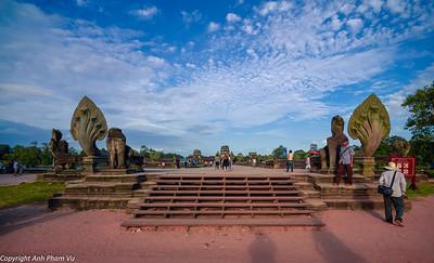 08 - Angkor Wat August 2013