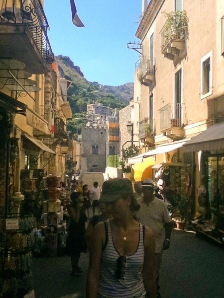 20110812-Ginka-Sicily-20110812--IMG_1205--0115.jpg
